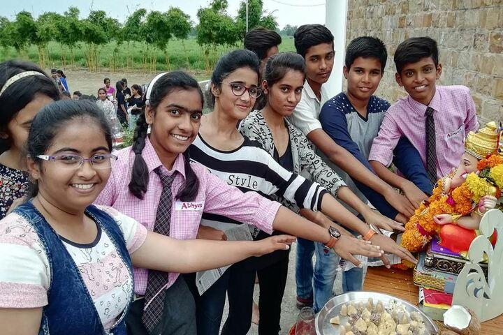 Abhyasa English School-Ganesh Pooja
