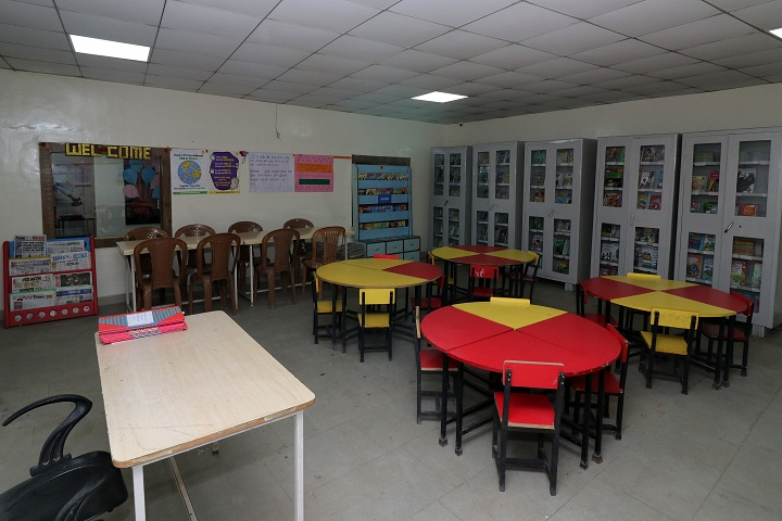 Aditya English Medium School-Library