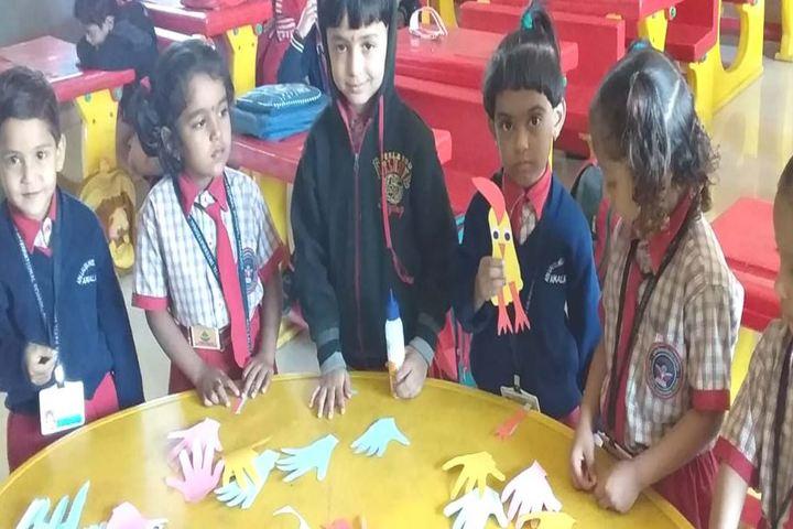 Adv Lalita Patil International School-Crafts