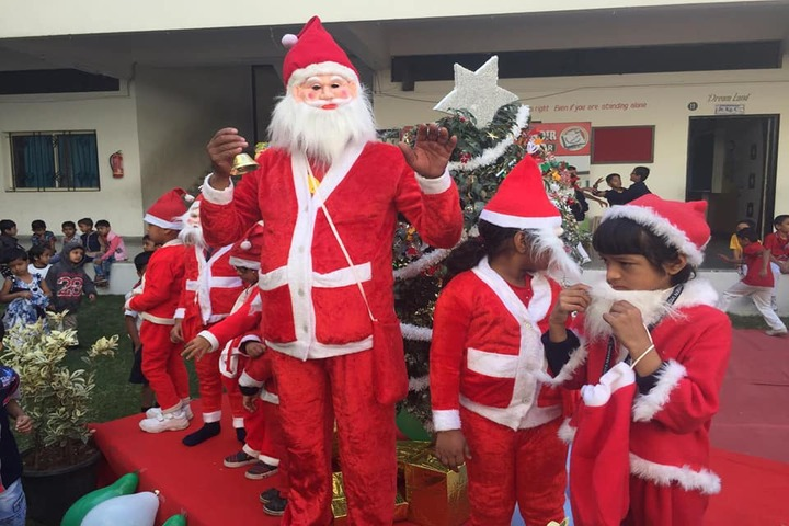 Agrasen Vidya Mandir-Christmas Celebration