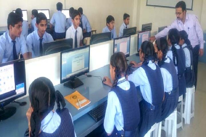 Amrutvahini International School-IT-Lab