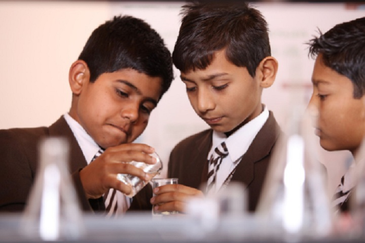 Anil Jindal World School-Lab