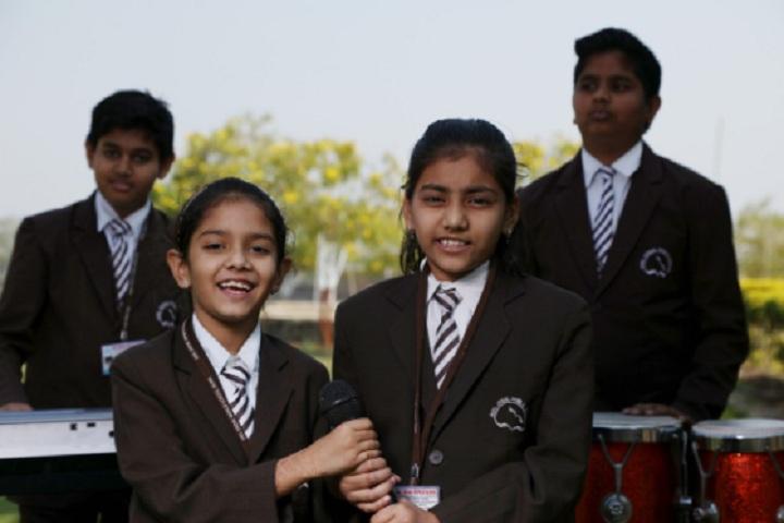 Anil Jindal World School-Student Singing