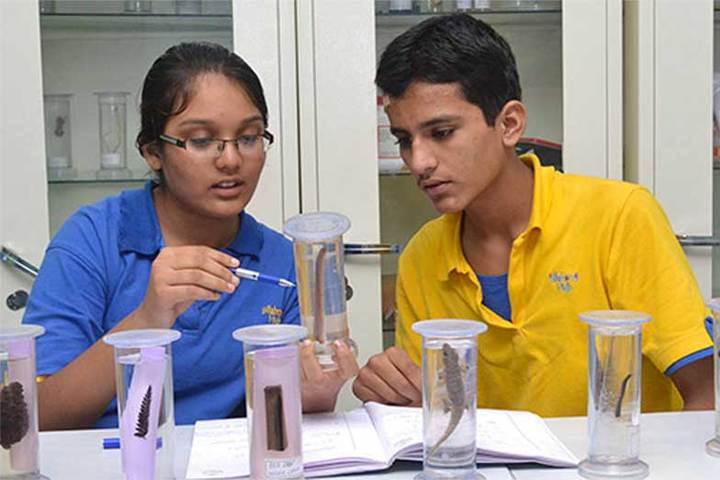 Atma Malik International School-Biology Lab