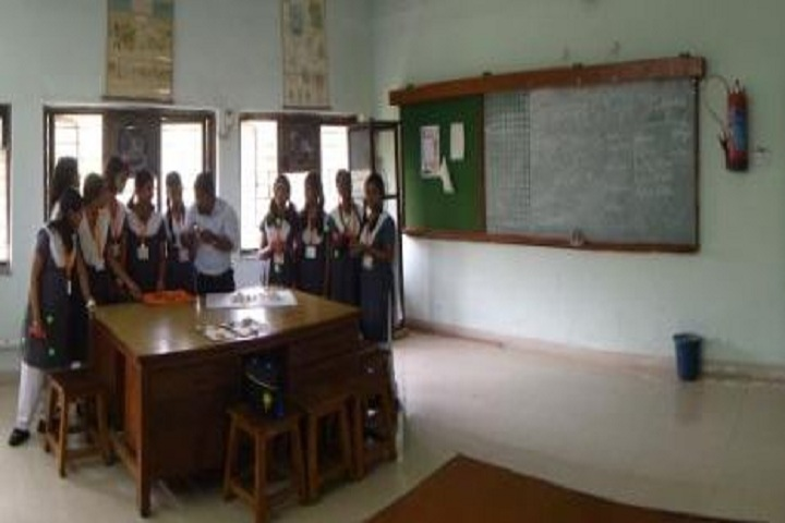 Atomic Energy Central School No 6-Chemistry Lab