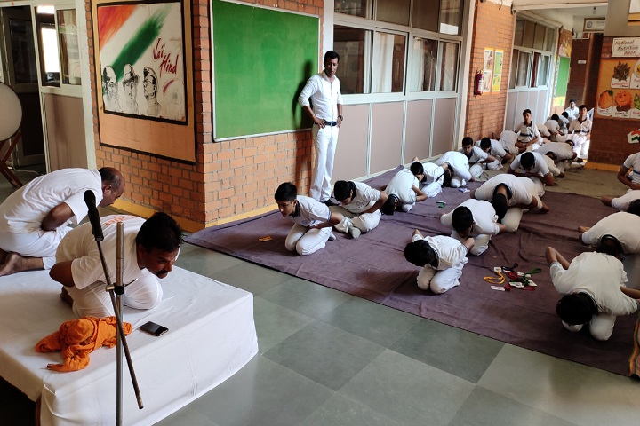 Bharatiya Vidya Bhavan-Yoga