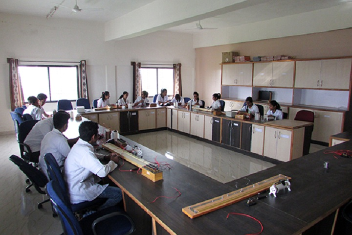 Blossom Public School-Physics Lab