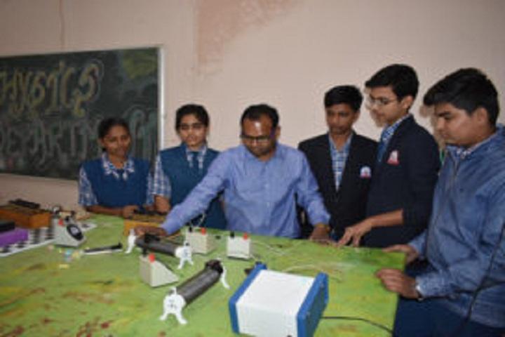 Chhatrapati Shivaji Public School-Physics Lab