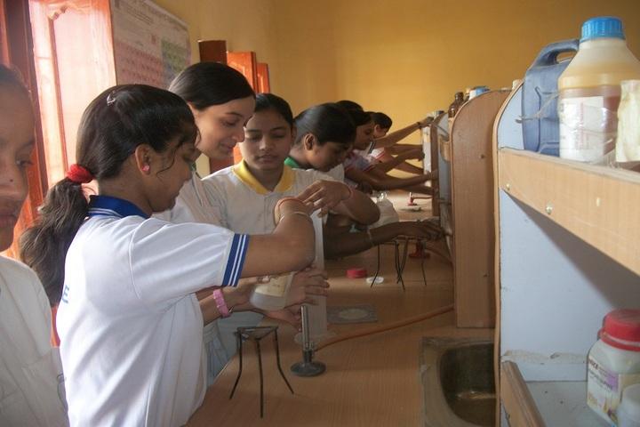 Children s Garden School-Chemistry Lab