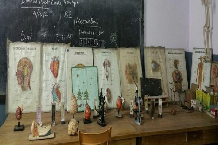Christ Church Diocesan School-Biology Lab