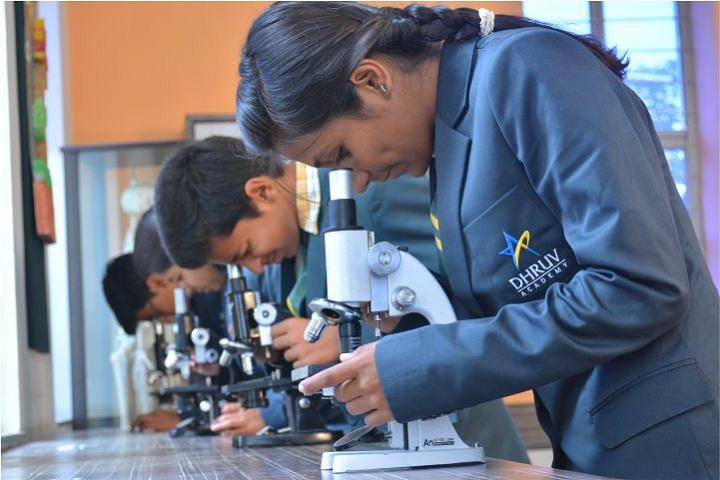 Dhruv Academy-Biology Lab