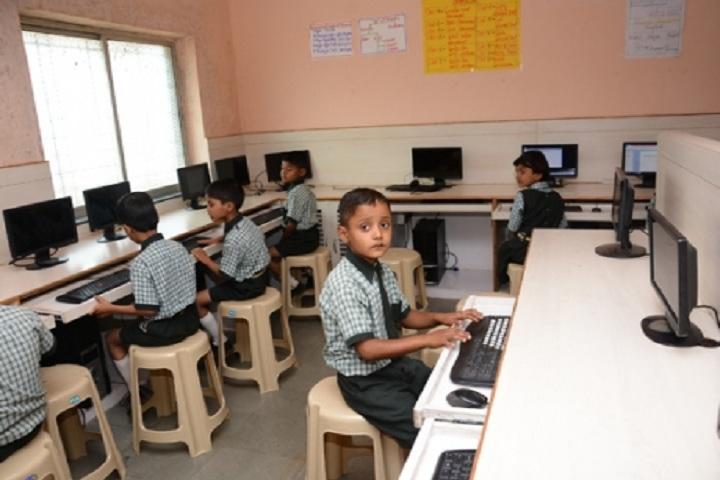 Dnyanvardhini English Medium School-IT-Lab