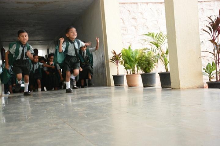 Dnyanvardhini English Medium School-Kids