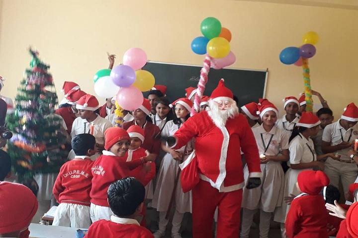 Dr Ulhas Patil English Medium School-Christmas Celebrations