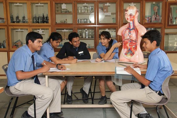 Fort International Academy-Biology Laboratory