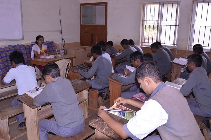 Fr Agnel School-Classroom