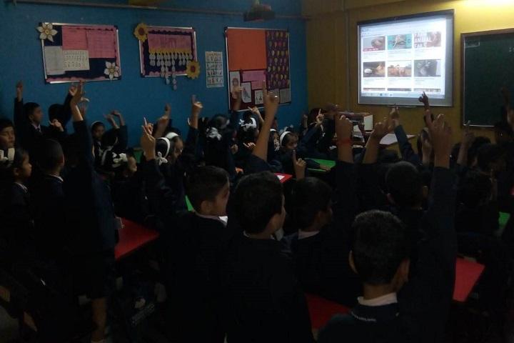 Gayatri English Medium School-Digitial Class Room