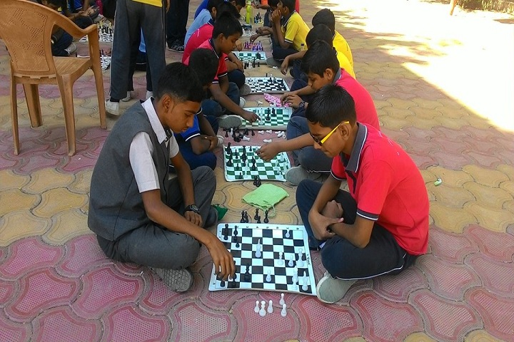 Gurukul English School-games