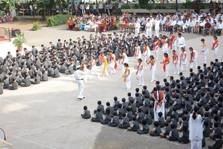 Gurukul English School-independence day