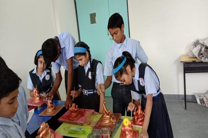Hadas English Medium School-Clay Modelling