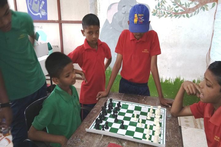 Hind English Medium School-Indoor Games