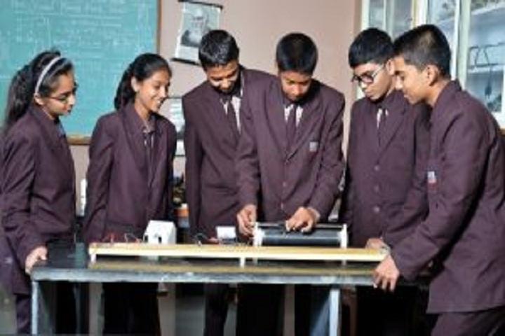 Sharad Pawar International School-Physics Lab
