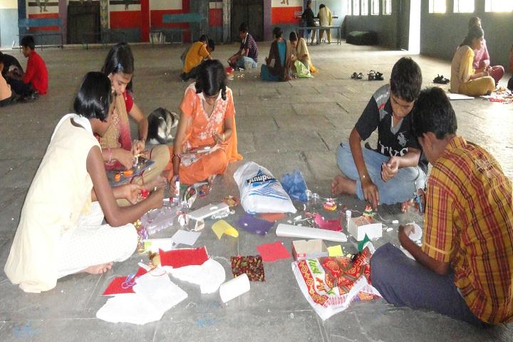 Jawahar Navodaya Vidyalaya-Others rakhi making