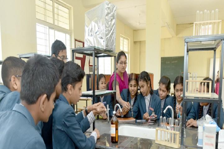 Jaywant International School-Chemistry lab