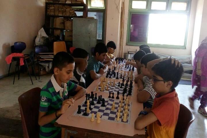 Jnana Prabodhini Prashala-Indoor Games