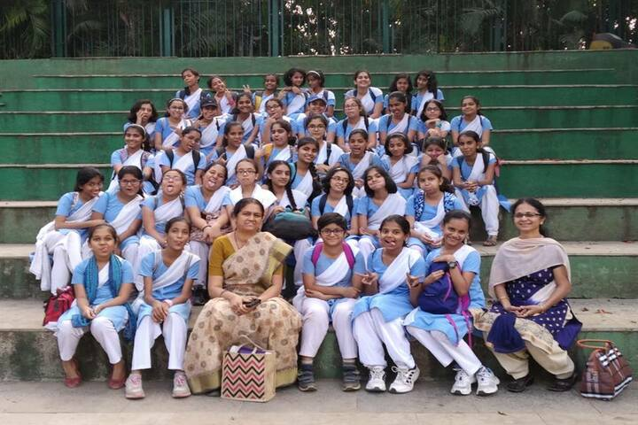 Jnana Prabodhini Prashala-Students