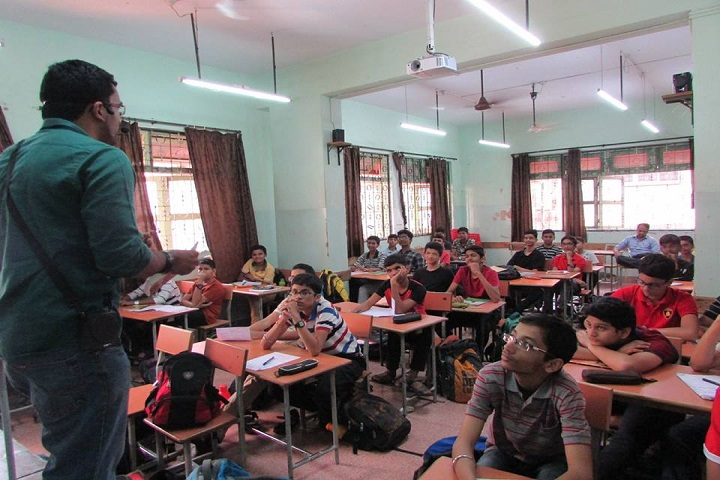 Jnana Prabodhini Prashala-Classroom