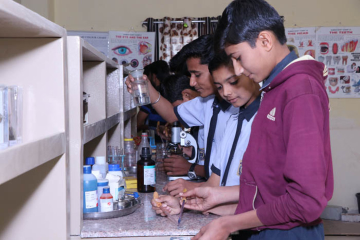 Kanaiyalal Raojibhai Public School-Chemistry Lab