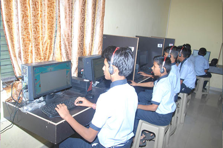 Kanaiyalal Raojibhai Public School-Language Lab