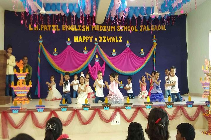 L H Patil English Medium School-Dance