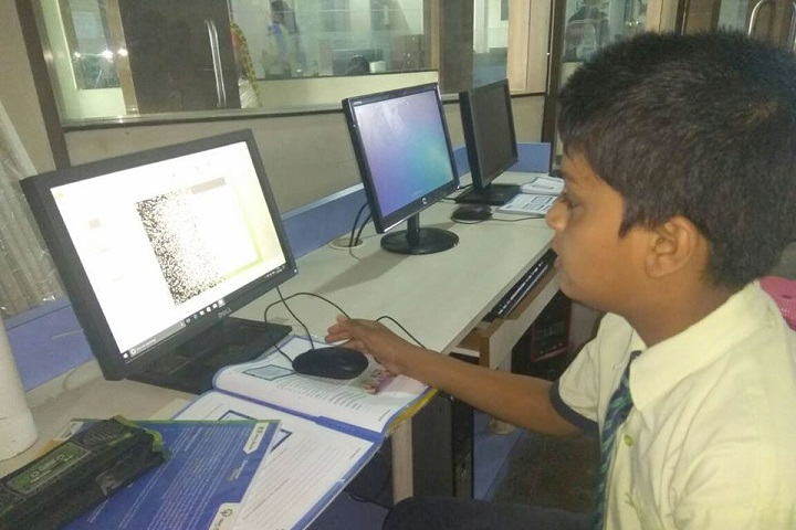 Litera Valley Zee School-IT-Lab