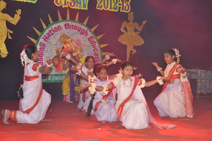Lord Ganesha English School-Dance
