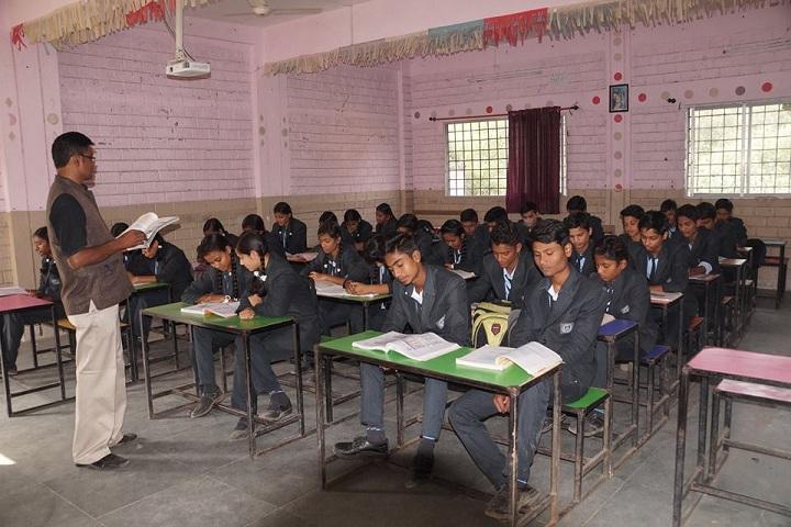Macaroon Students Academy-Class