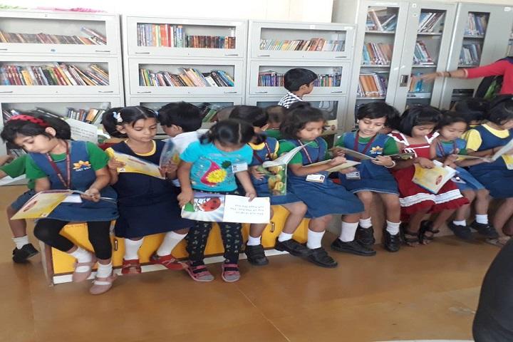 Maeers Vishwashanti Gurukul School-Library