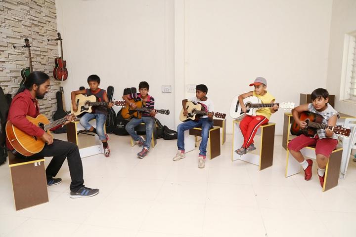 Mahatma Gandhi Missions Clover Dale School-Music Classes