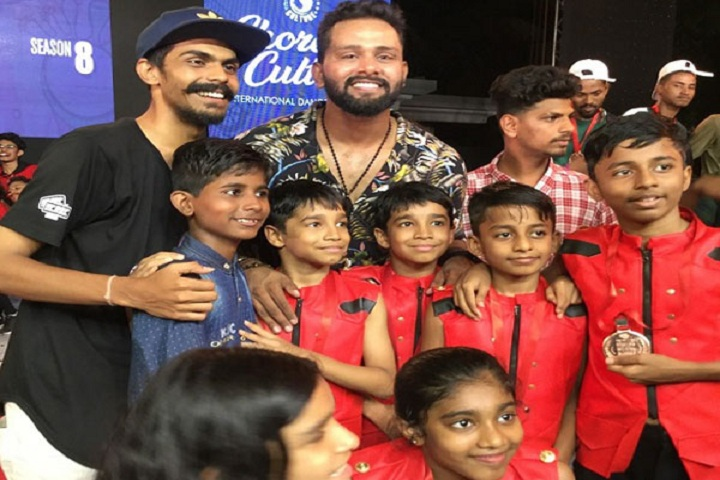 Mahatma International School-Kids