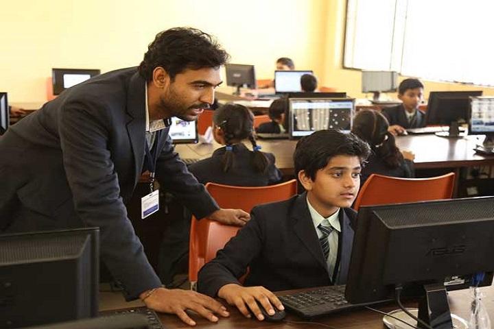 Mount Litera Zee School-IT-Lab