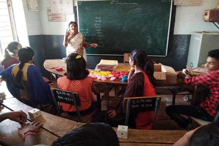 N.V. Chinmaya Vidyalaya-Classroom