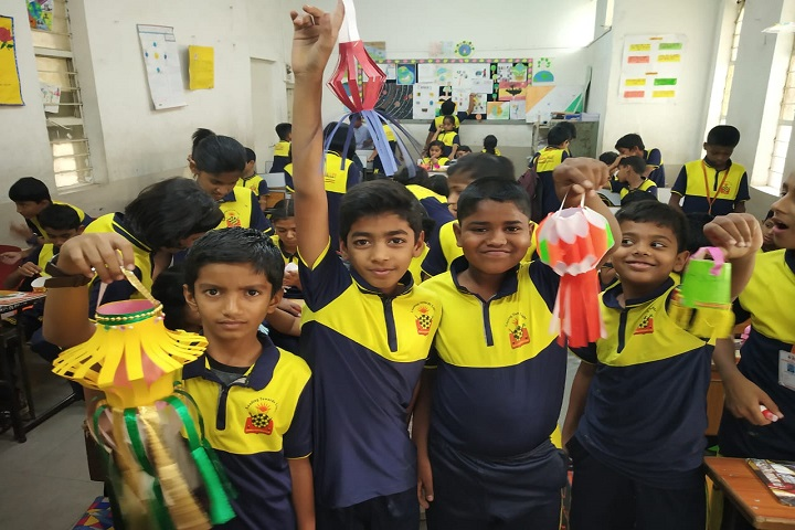 Nav Krishna Valley School-Lantern making