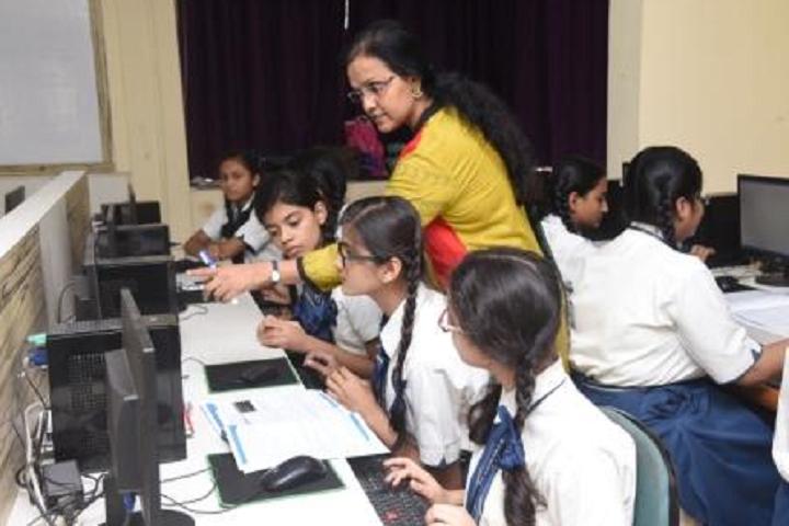 New Horizon Public School Khanda Colony-Computer Lab