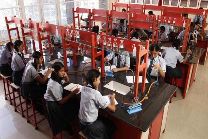 New Horizon Scholars School-Chemistry Lab