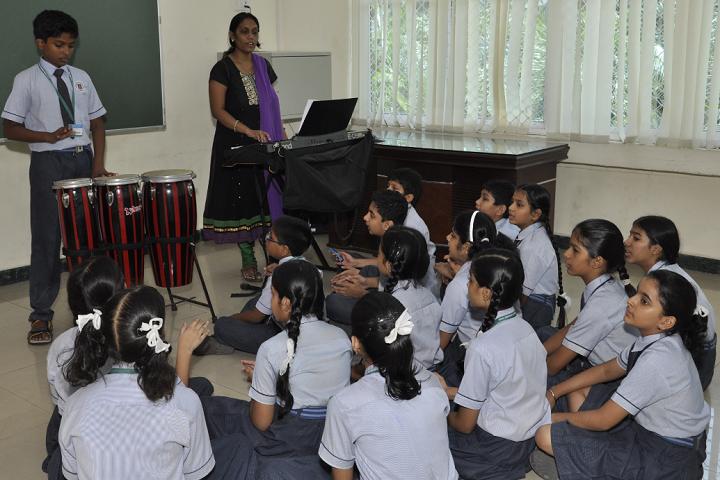 New Horizon Scholars School -Music Room