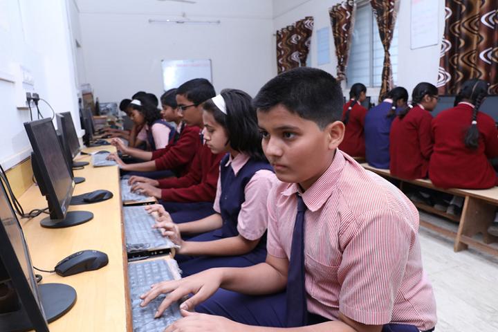 New Horizon School-Computer Lab