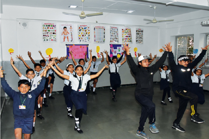 New Pune Public School-Dance