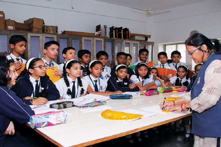 New Pune Public School-Maths Lab