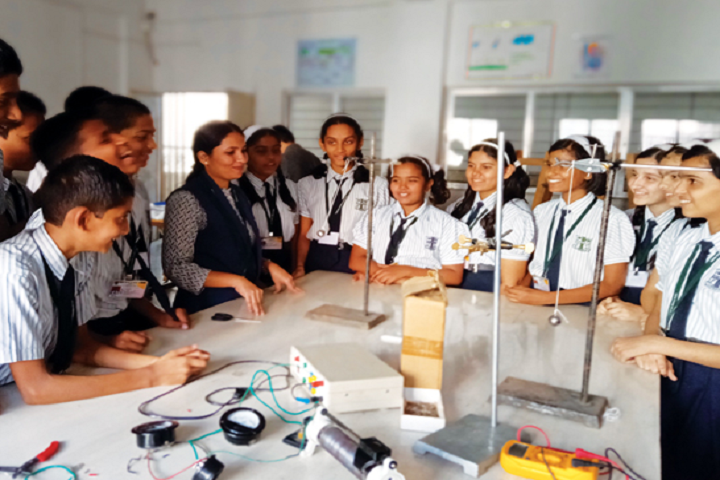 New Pune Public School-Science Lab-2